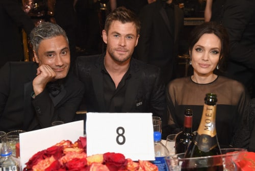 Chris Hemsworth, Angelina Jolie, Taika Waititi, Golden Globes